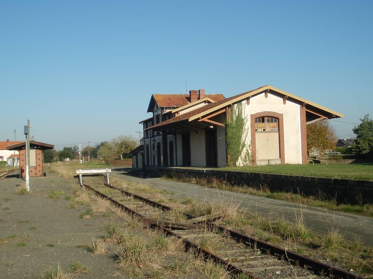 Ancienne gare de Brélidy à Plouëc-du-Trieux